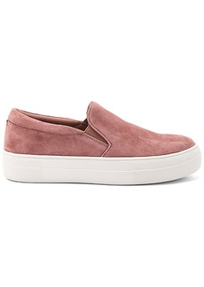 Steve Madden Gills Sneaker in Mauve. - size 10 (also in 6,6.5,7,7.5,8,8.5,9,9.5)