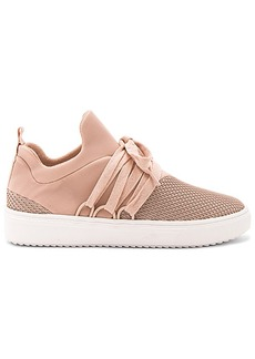 Steve Madden Lancer Sneaker in Blush. - size 10 (also in 6.5,7,7.5,8,8.5,9,9.5)