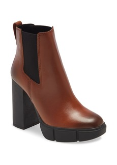 Steve Madden Revised Chelsea Boot (Women)