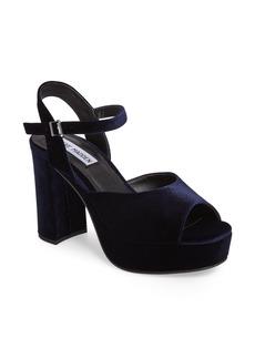 Steve Madden Trysta Platform Sandal (Women)