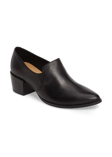 Steve Madden Vallie Pointy Toe Loafer (Women)