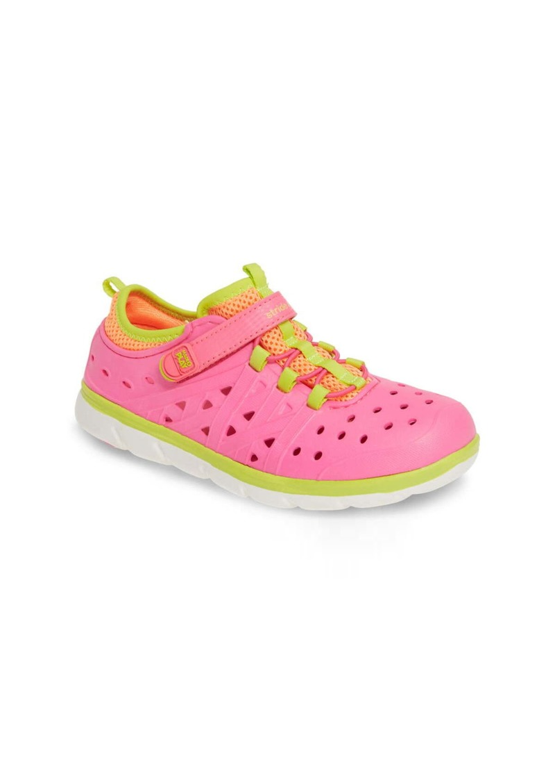 Stride Rite Made2Play® Phibian Sneaker