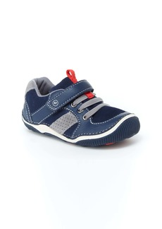 Stride Rite 'Wes' Sneaker (Toddler & Little Kid)