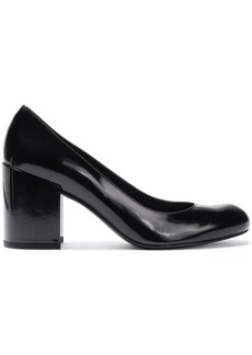 Stuart Weitzman Woman Glossed-leather Pumps Black