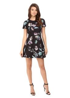 StyleStalker Neve Short Sleeve Dress