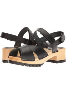 swedish hasbeens Women's Cross Tracta Flat Sandal  3 EU/ M US