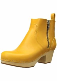 swedish hasbeens Women's Zip It Emy Boot   M US