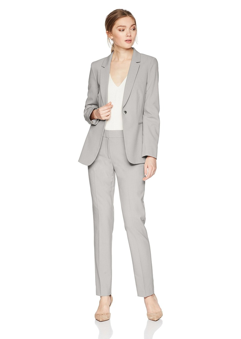 Tahari by Arthur S. Levine Women's Bi Stretch Long Sleeve one Button Closure Jacket Pant Suit