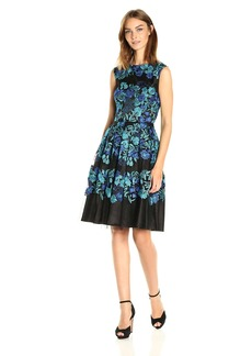 Tahari by Arthur S. Levine Women's Cap Sleeve Emb Lace Fit and Flare