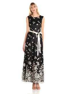 Tahari by Arthur S. Levine Women's Cap Sleeve Embrodered Lace Gown