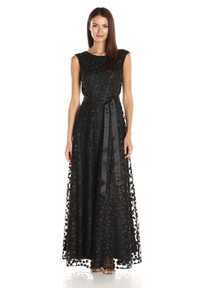 Tahari by Arthur S. Levine Women's Cap Sleeve Novelty Floret Gown