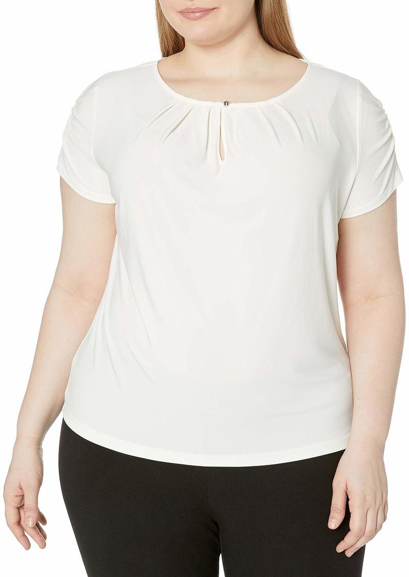 Tahari by Arthur S. Levine Women's Plus Size Shirred Short Sleeve Matte Jersey Knit Top  1x