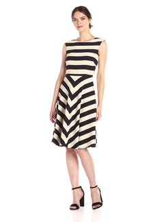 Tahari by Arthur S. Levine Women's Sleevless Stripe Fit and Flare
