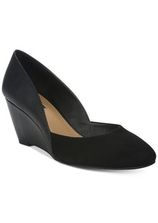 Tahari Palace Wedge Pumps Women's Shoes