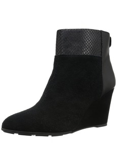 Tahari Women's Sutton Boot