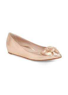 Taryn Rose Collection Rialta Flat (Women)