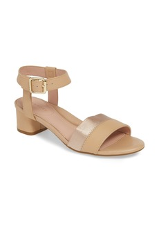 Taryn Rose Makena Sandal (Women)