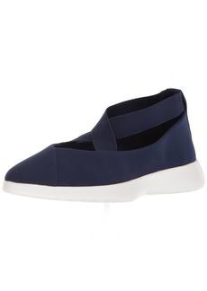 Taryn Rose Women's Danielle LUX Stretch Sneaker   M M US