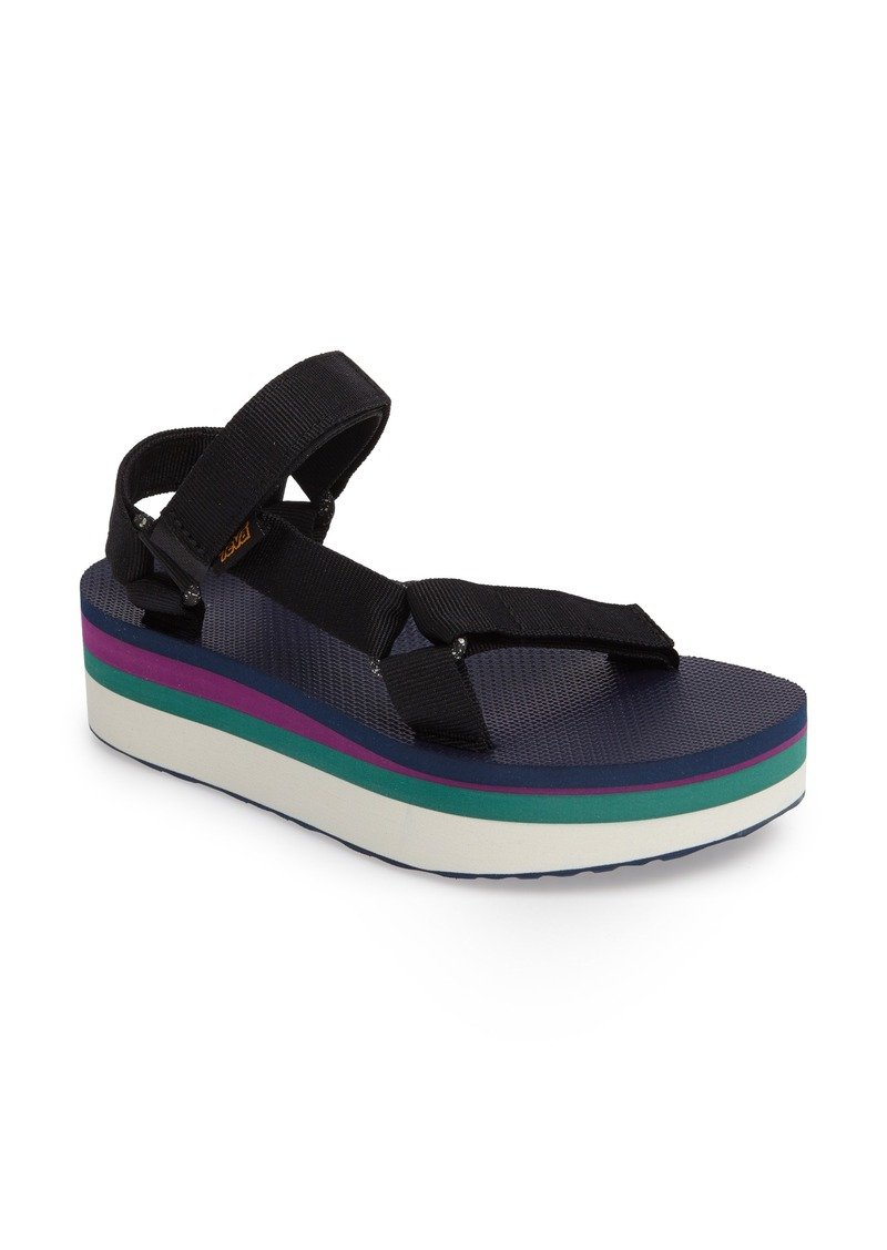 899c9ec2420339 Teva Flatform Universal Retro Sandal (Women)