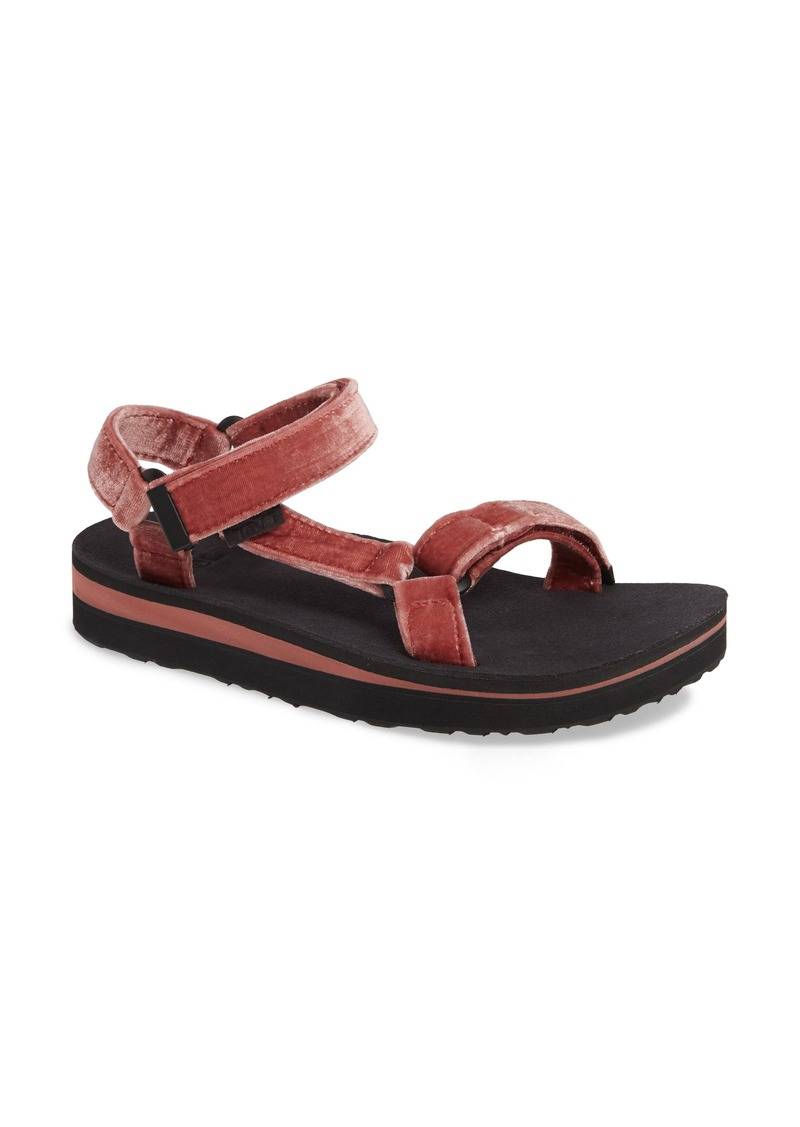 48a2c43d131b Teva Teva Midform Universal Geometric Sandal (Women)
