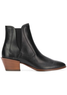 Tod's pointed toe booties