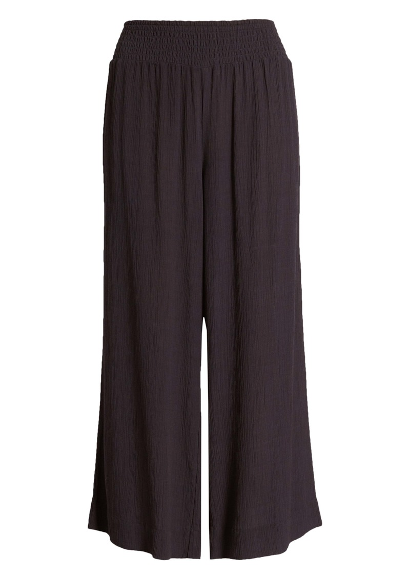 Tommy Bahama Caicos Crinkle Crop Pants