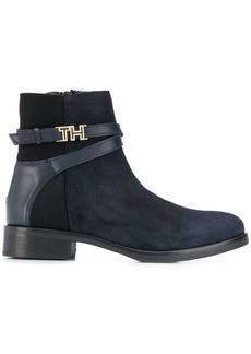 Tommy Hilfiger hardware detail ankle boots