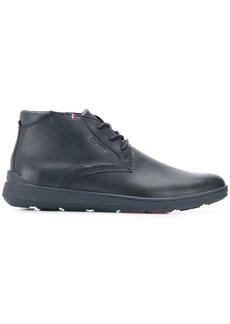 Tommy Hilfiger lightweight City chukka boots