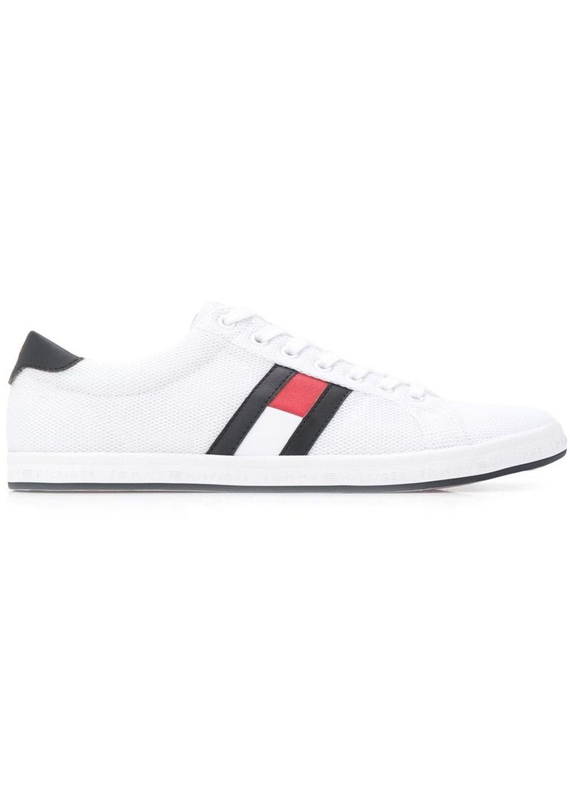 Tommy Hilfiger logo patch low tops