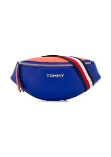 Tommy Hilfiger logo plaque belt bag