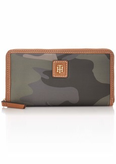 Tommy Hilfiger Julia Large Nylon Zip Wallet GREEN