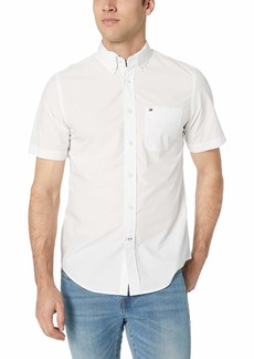Tommy Hilfiger Men's Short Sleeve Button Down Shirt in Classic Fit