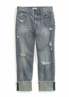 Tommy Hilfiger Women's Adaptive Boyfriend Jeans with Adjustable Waist and Magnet Buttons Medium wash