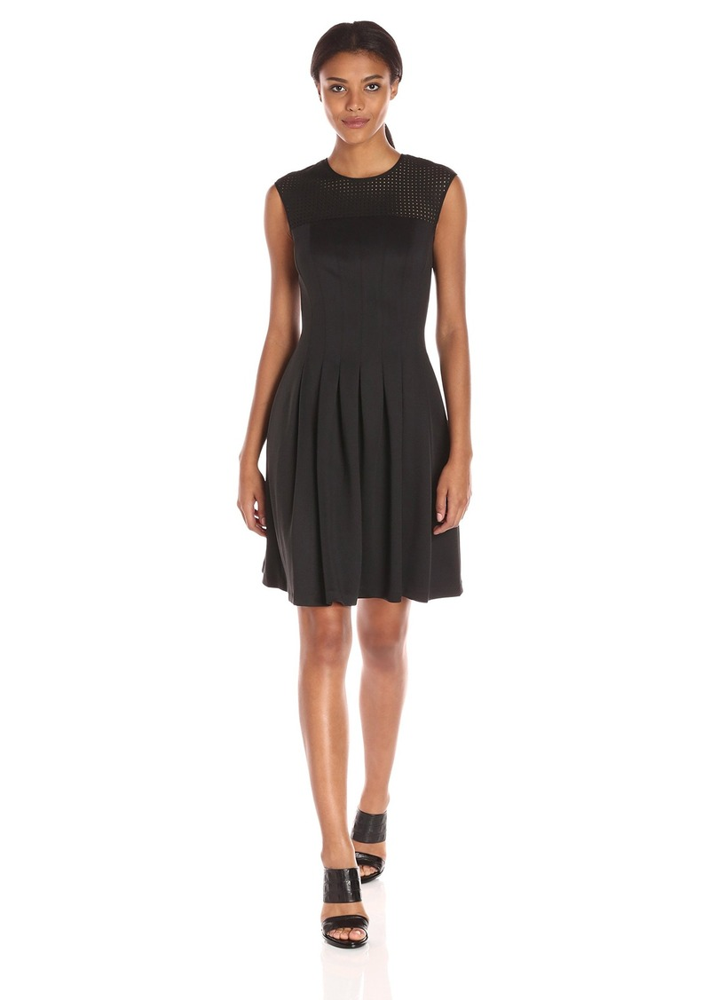 Tommy Hilfiger Women's Scuba Fit and Flare W. Suded Trim