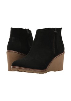 TOMS Shoes Avery Wedge