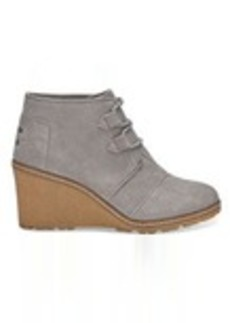 TOMS Shoes Drizzle Grey Suede and Faux Crepe Wedge Women's Desert Wedges