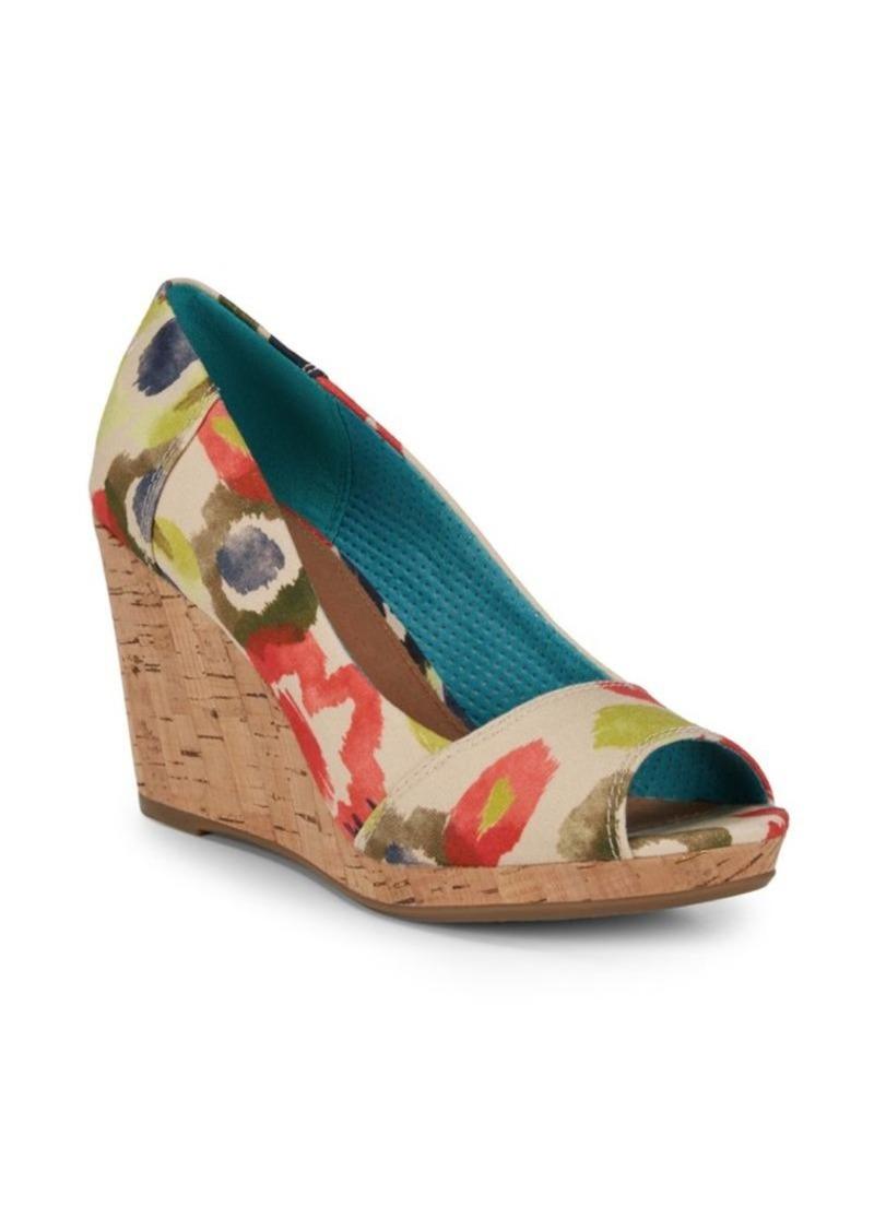 e37c6f2a8c1 TOMS Shoes Stella Wedge Sandals