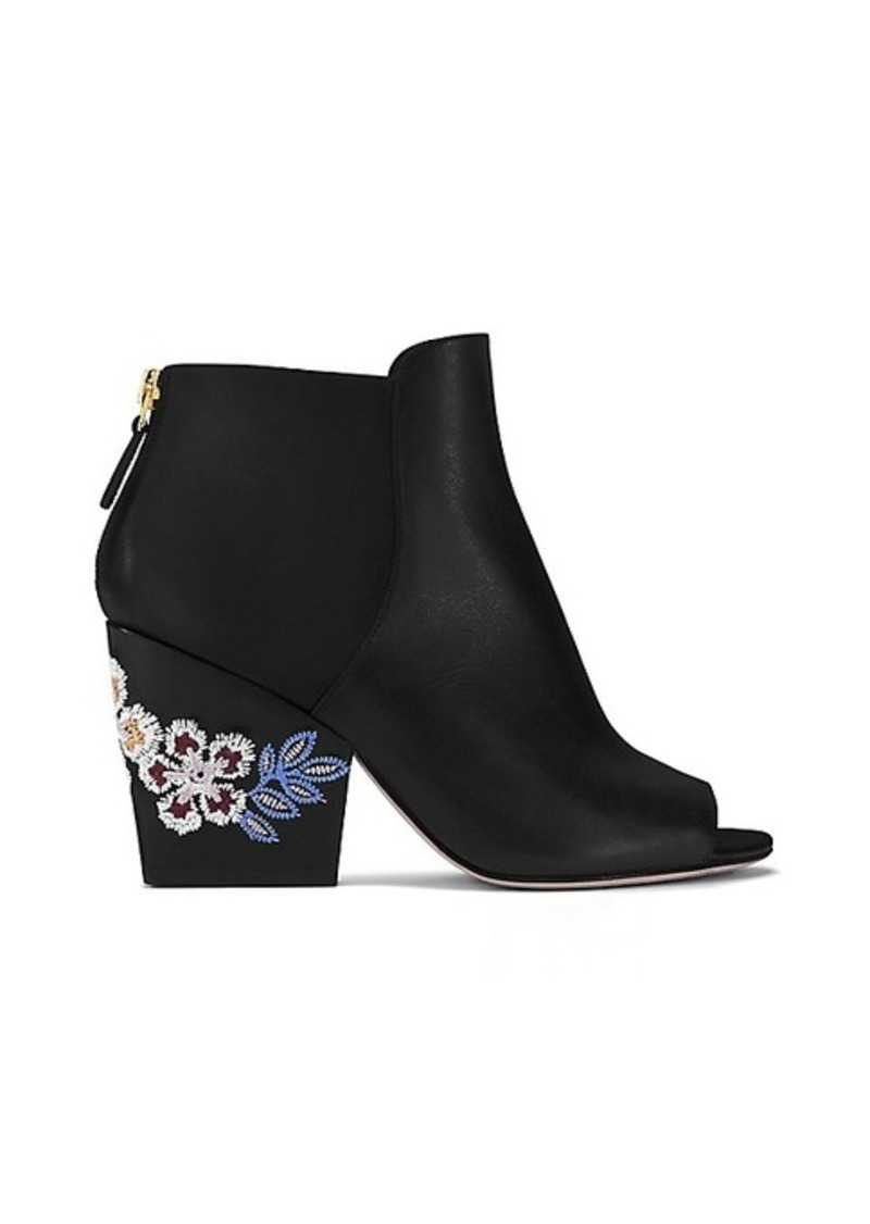 Tory Burch Coupon Codes, Promos & Sales. Tory Burch coupon codes and sales, just follow this link to the website to browse their current offerings.