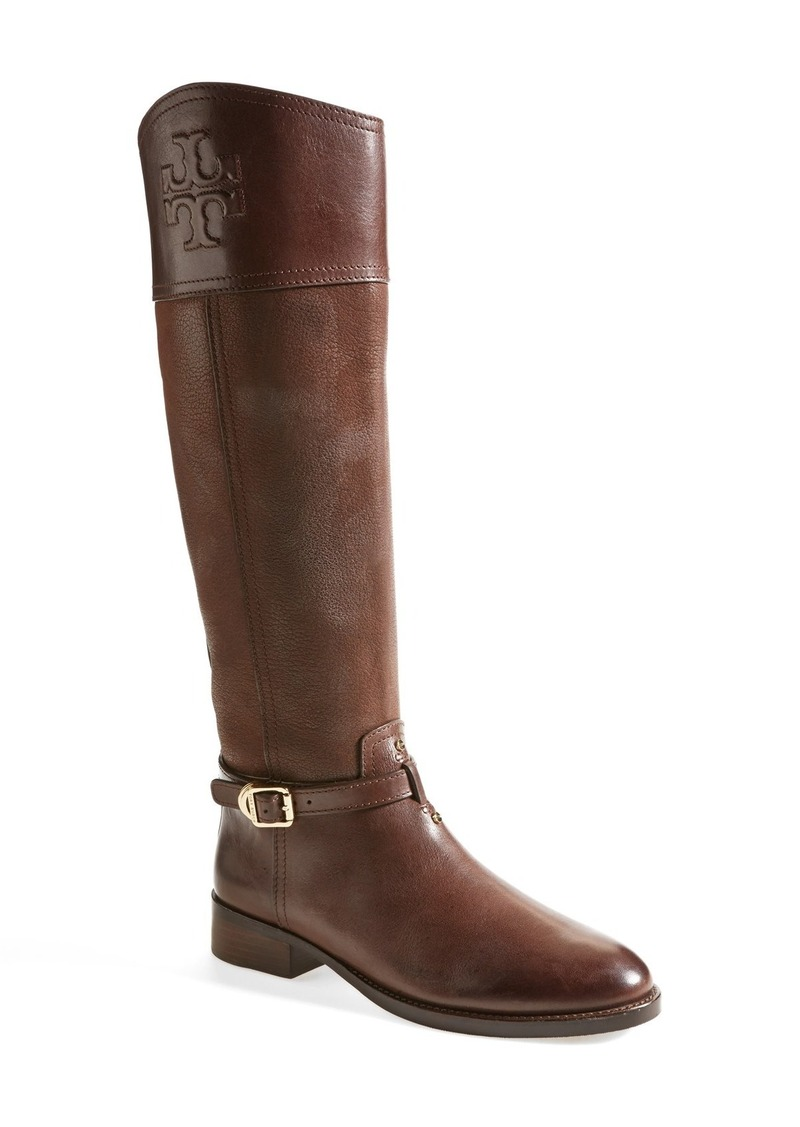 Luxe, wearable, and oh-so-chic, Tory Burch boots are your answer to grey skies and slick sidewalks. From equestrian-inspired riding boots to soft suede moto-booties, Tory Burch footwear is always fashionista-approved.