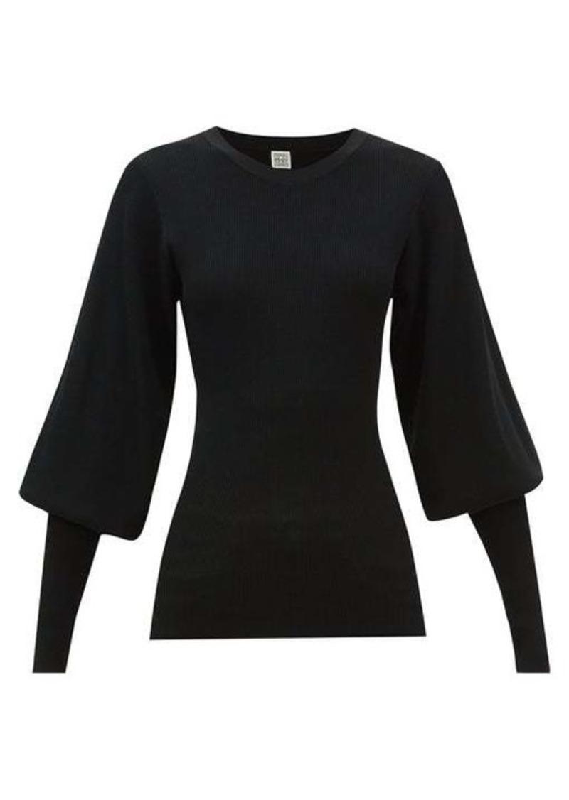Totême Toteme Vignola bishop-sleeve ribbed-knit sweater