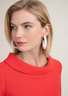 Trina Turk ESSENTIAL ENAMEL HOOP EARRING