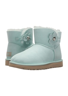 UGG Mini Bailey Button Poppy