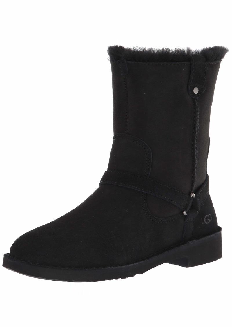 UGG Aveline Boot  Size