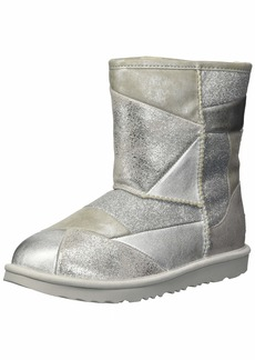 UGG Girls' T Classic Short II Patchwork Fashion Boot