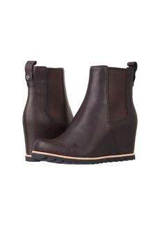 eab99a5f0679 UGG UGG  Women s Alasdair Waterproof Leather
