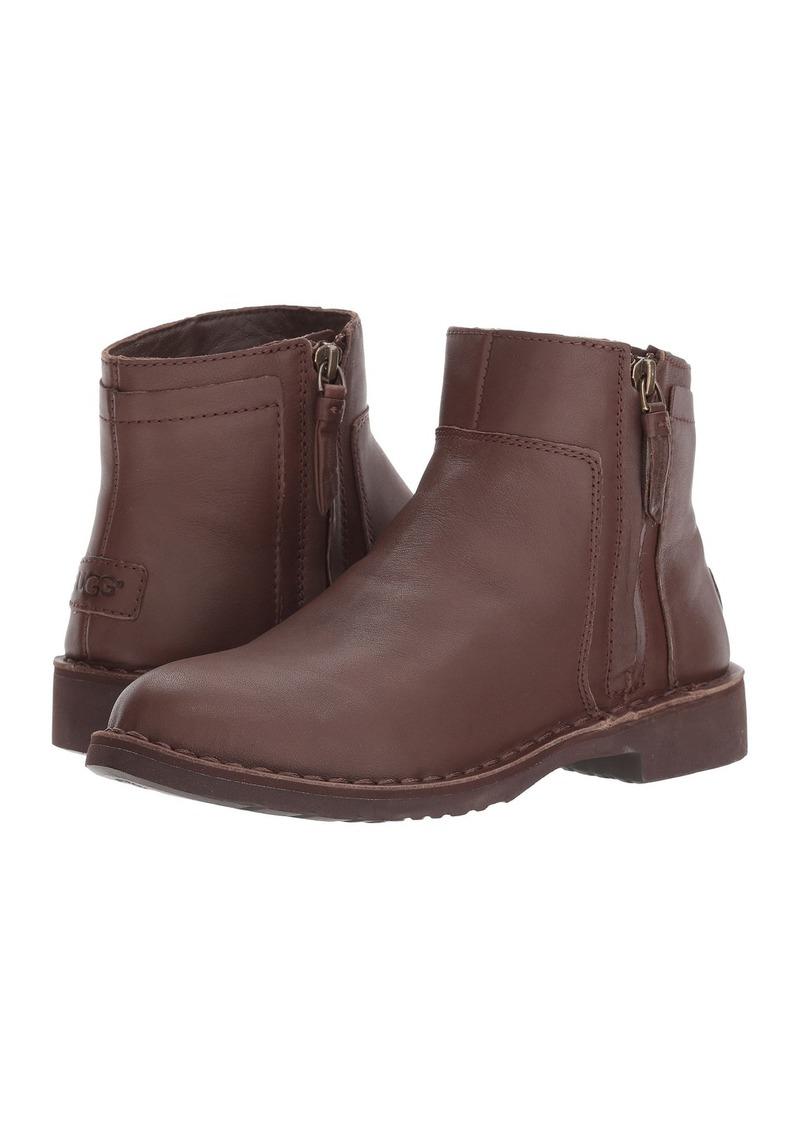 UGG Rea Leather