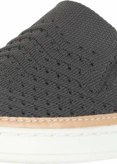 UGG Sammy Chevron Sneaker  Size