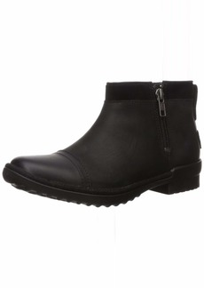 UGG Women's ATTELL Ankle Boot   M US