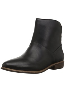 UGG Women's Bruno Ankle Bootie   M US