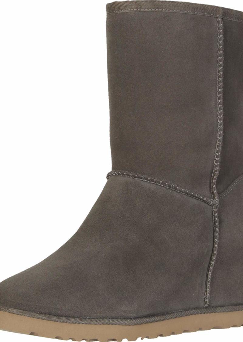 UGG Women's Classic Femme Short Boot